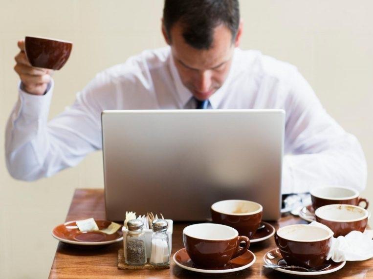 Употребление растворимого кофе